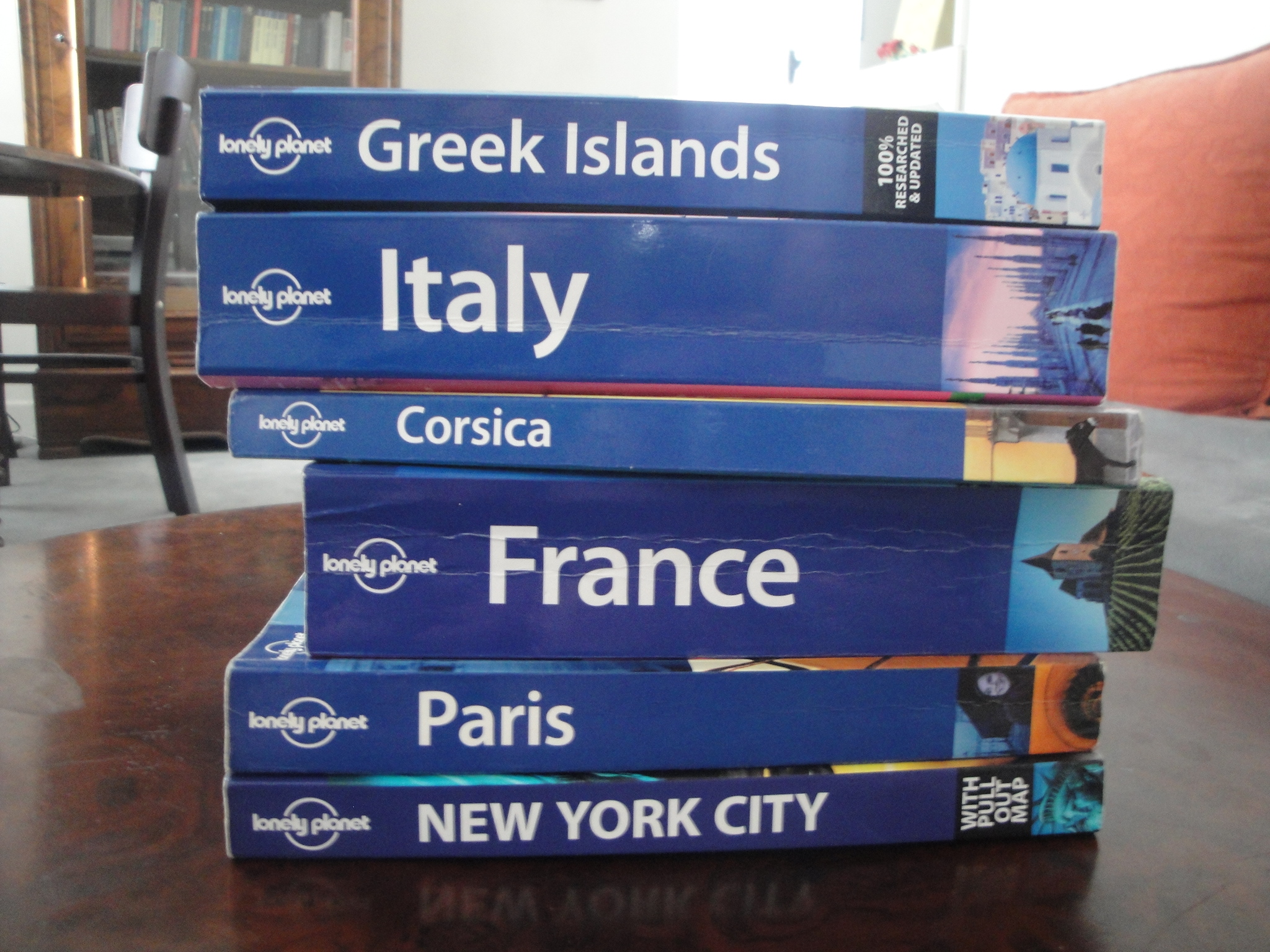 travel books love in the city of lights rh loveinthecityoflights com european travel guide books best travel guide books 2018 europe